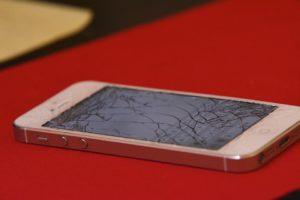 Cambiare vetro iPhone