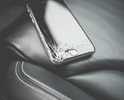 Riparazione vetro iPhone