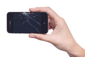 iPhone caduto non si accende