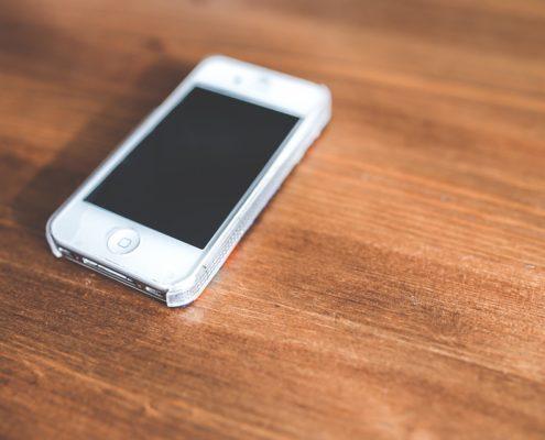 iPhone non si accende schermo nero