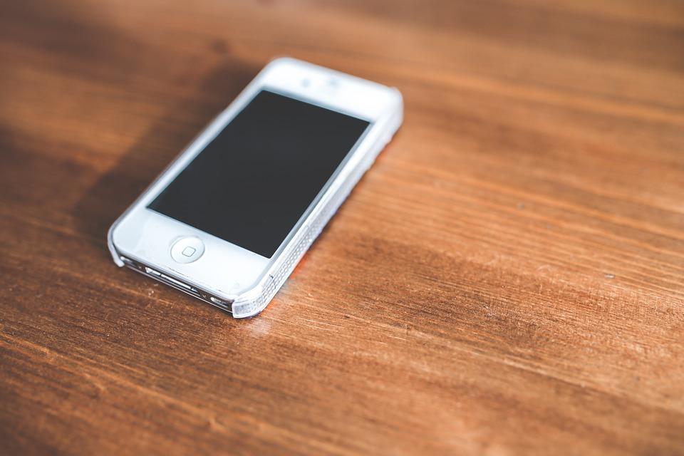 iphone schermo nero e ruotella attesa